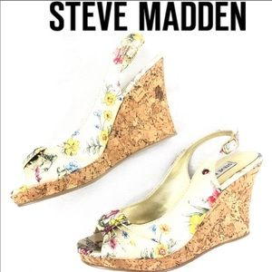 Steve Madden p-patter floral peep toe wedges 6M